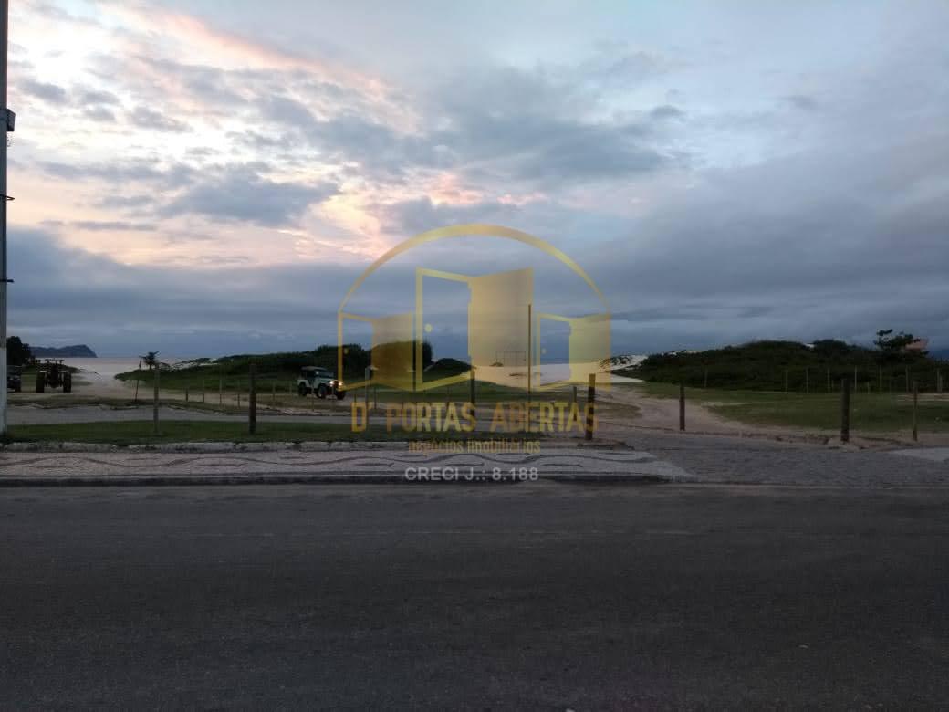 Oportunidade Apartamento 2 quartos à venda apenas 100 metros da Praia do Forte
