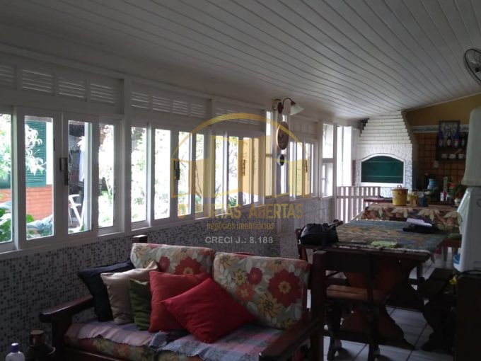 Excelente casa localizada perto da PRAIA DO FORTE!! 1